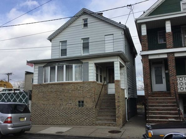 2 bed 1 bath Single Family at 216 Washington Ave Hackensack, NJ, 07601 is for sale at 172k - google static map