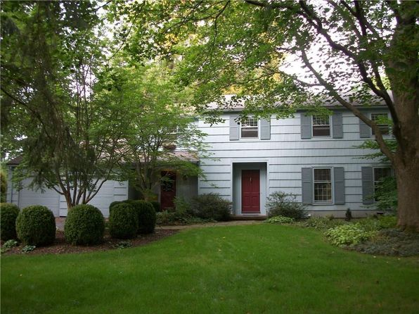5 bed 3 bath Single Family at 10 Woodstock Ln Pittsford, NY, 14534 is for sale at 200k - 1 of 22