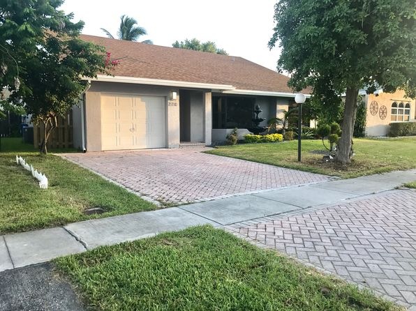 3 bed 2 bath Single Family at 270 SE 7th St Dania, FL, 33004 is for sale at 520k - 1 of 17