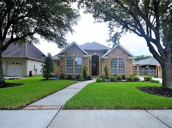 3 bed 2 bath Single Family at 5130 Tidewater Ct Pasadena, TX, 77505 is for sale at 310k - 1 of 29