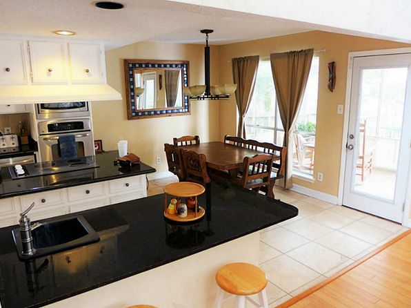 4 bed 2.5 bath Single Family at 2049 Oceanview Dr Seabrook, TX, 77586 is for sale at 370k - 1 of 13