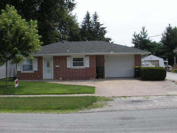 2 bed 1 bath Single Family at 622 N Russell Ave Geneseo, IL, 61254 is for sale at 112k - 1 of 8