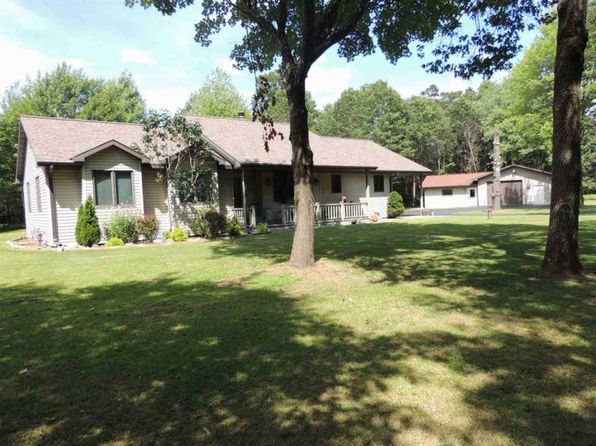 4 bed 2.5 bath Single Family at W2538 Woodview Ln Marinette, WI, 54143 is for sale at 235k - 1 of 25