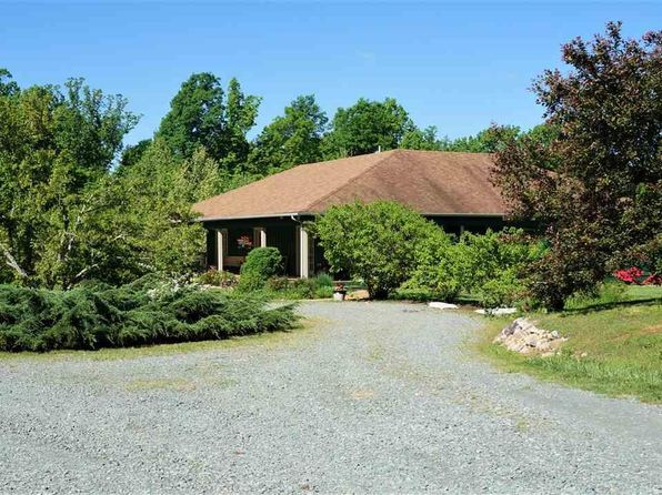4 bed 3 bath Single Family at 6350 Twin Brooks Dr Keswick, VA, 22947 is for sale at 800k - 1 of 50
