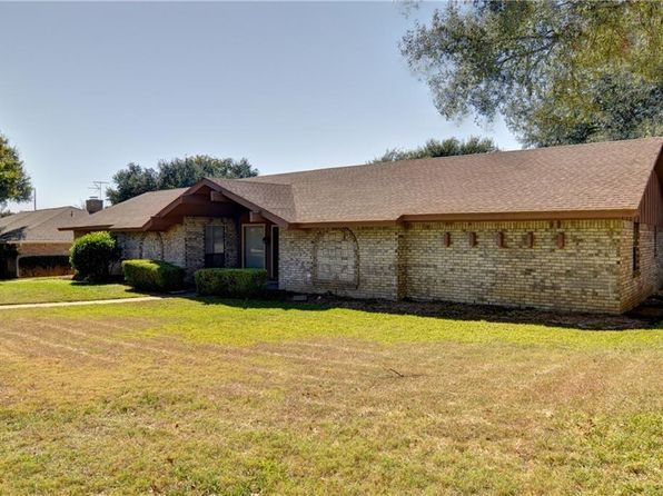 3 bed 2 bath Single Family at 6804 Welch Ave Fort Worth, TX, 76133 is for sale at 225k - 1 of 25
