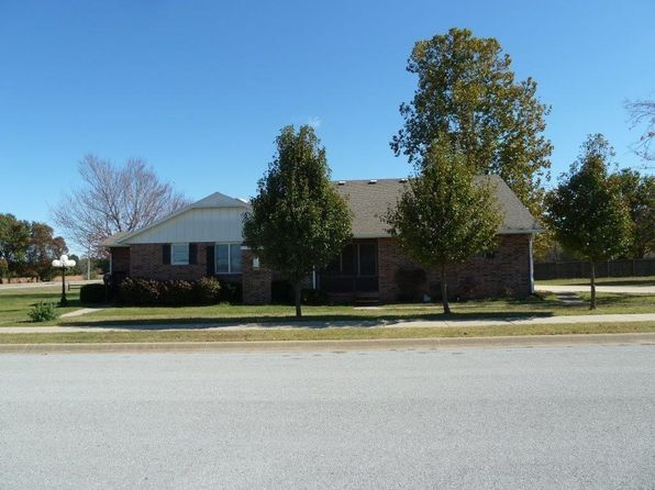 4 bed 3 bath Single Family at 4401 S 3RD CT ROGERS, AR, 72758 is for sale at 235k - 1 of 30