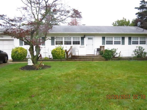 3 bed 2 bath Single Family at 240 Ashwood Dr Brick, NJ, 08723 is for sale at 270k - 1 of 35