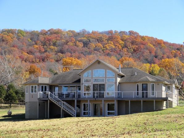 4 bed 4 bath Single Family at 332 County Road 227 Eureka Springs, AR, 72631 is for sale at 479k - 1 of 3