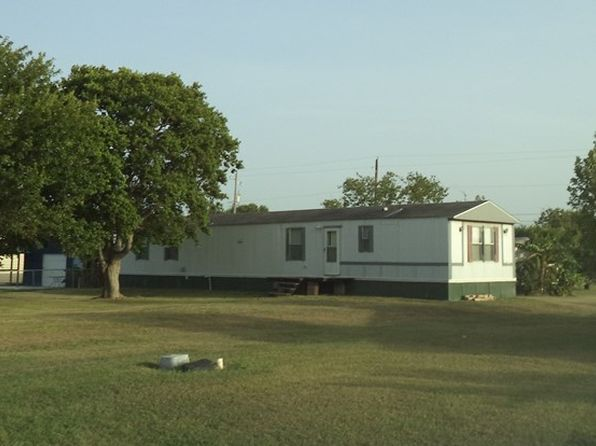 2 bed 2 bath Mobile / Manufactured at 406-408 Denver Ave Seadrift, TX, 77983 is for sale at 80k - 1 of 12