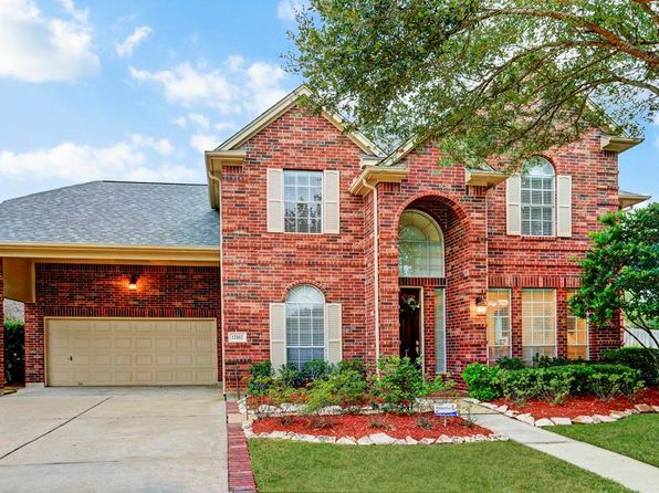 3 bed 3 bath Single Family at 12102 Green Trails Dr Stafford, TX, 77477 is for sale at 336k - 1 of 32