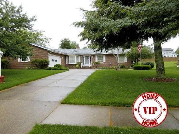 3 bed 3 bath Single Family at 863 Woodview Dr Ashland, OH, 44805 is for sale at 185k - 1 of 27