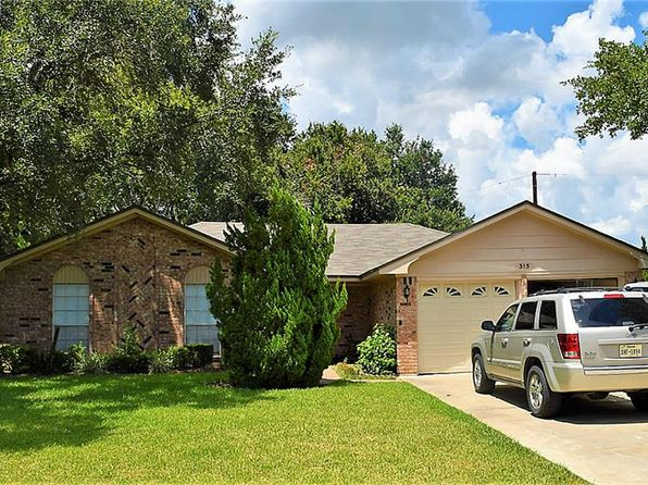3 bed 3 bath Single Family at 315 University St Wharton, TX, 77488 is for sale at 150k - 1 of 12