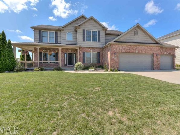 4 bed 4 bath Single Family at 1902 Wakefield Ln Bloomington, IL, 61704 is for sale at 310k - 1 of 27