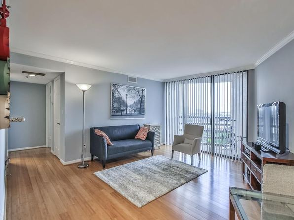 1 bed 1 bath Condo at 3525 Sage Rd Houston, TX, 77056 is for sale at 175k - 1 of 13