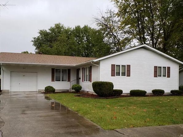 3 bed 1 bath Single Family at 517 Harrington St Carlinville, IL, 62626 is for sale at 93k - 1 of 13