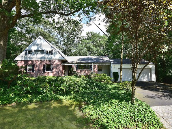 4 bed 3 bath Single Family at 173 Highridge Rd New Rochelle, NY, 10804 is for sale at 799k - 1 of 18