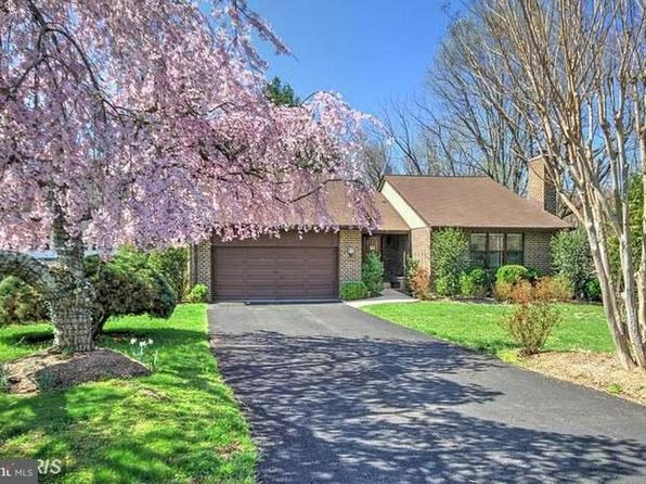5 bed 3 bath Single Family at 1016 Challedon Rd Great Falls, VA, 22066 is for sale at 750k - 1 of 24