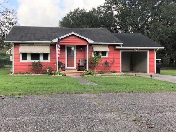 2 bed 1 bath Single Family at 1914 Wisteria St Abbeville, LA, 70510 is for sale at 85k - 1 of 23