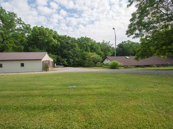 3 bed 2 bath Single Family at 6825/29/37 E St Rd Bloomington, IN, 47408 is for sale at 249k - 1 of 36