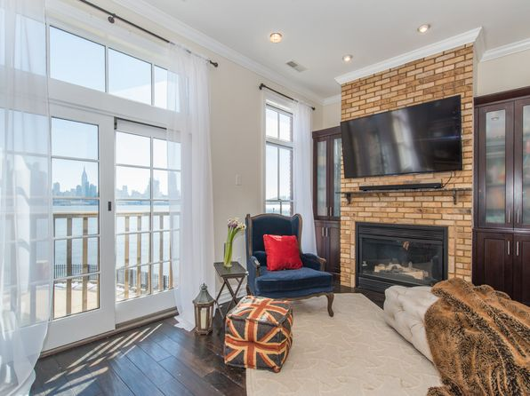 3 bed 4 bath Townhouse at 8 Regency Pl Weehawken, NJ, 07086 is for sale at 1.60m - 1 of 11