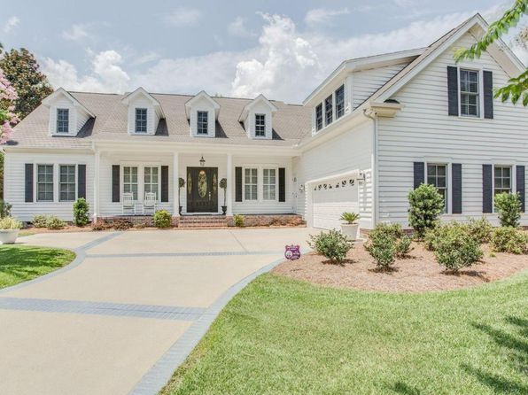 4 bed 4 bath Single Family at 8705 Champion Hills Dr Wilmington, NC, 28411 is for sale at 595k - 1 of 72