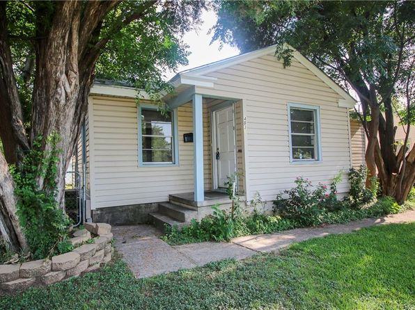 2 bed 1 bath Single Family at 4832 Langley Rd River Oaks, TX, 76114 is for sale at 80k - 1 of 19