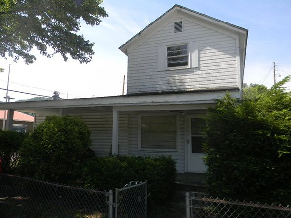 3 bed 1 bath Single Family at 11 N River St Auxier, KY, 41602 is for sale at 42k - 1 of 15