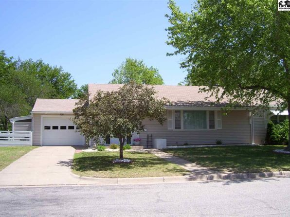 3 bed 2 bath Single Family at 232 EDGEFORD DR PRATT, KS, 67124 is for sale at 138k - 1 of 21