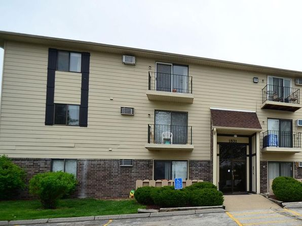 2 bed 1 bath Condo at 1831 Fuller Rd West Des Moines, IA, 50265 is for sale at 62k - 1 of 10