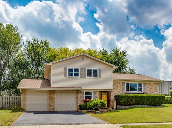 3 bed 2 bath Single Family at 1551 Von Braun Trl Elk Grove Village, IL, 60007 is for sale at 300k - 1 of 23
