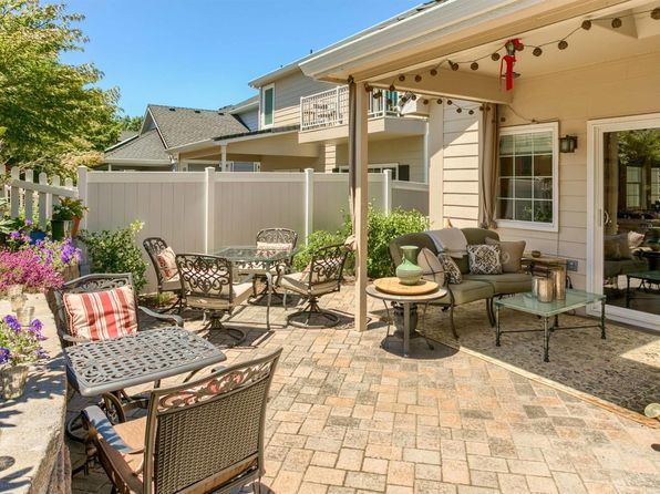 3 bed 3 bath Single Family at 288 Meadow Dr Ashland, OR, 97520 is for sale at 410k - 1 of 34