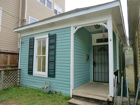 2 bed 2 bath Single Family at 1314 Beachton St Houston, TX, 77007 is for sale at 185k - 1 of 12