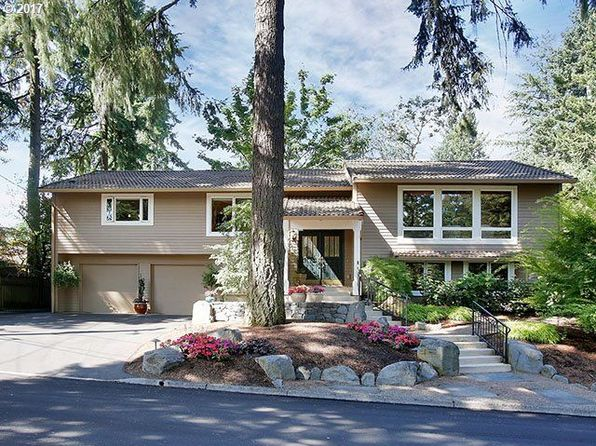 4 bed 3 bath Single Family at 1898 Oak Knoll Ct Lake Oswego, OR, 97034 is for sale at 850k - 1 of 29