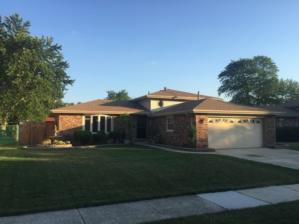 3 bed 2 bath Single Family at 11035 Kimberly Trl Mokena, IL, 60448 is for sale at 245k - 1 of 31