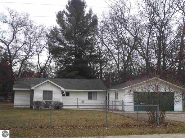 2 bed 1 bath Single Family at 5323 E Greenwood Rd Alger, MI, 48610 is for sale at 38k - 1 of 29