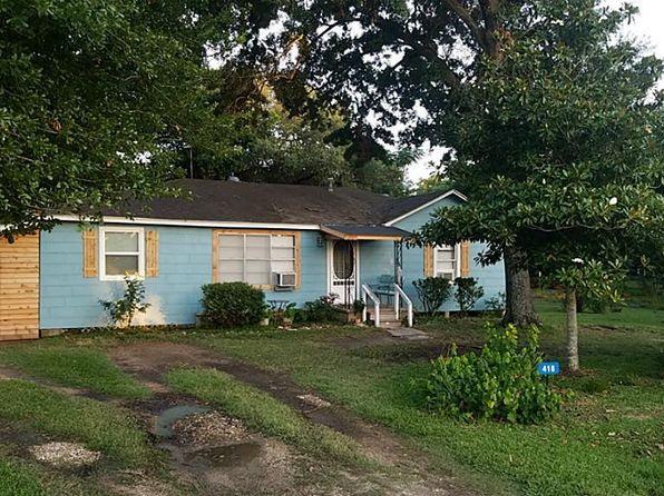 4 bed 1 bath Single Family at 418 E Fm 1093 Rd Wallis, TX, 77485 is for sale at 107k - 1 of 23