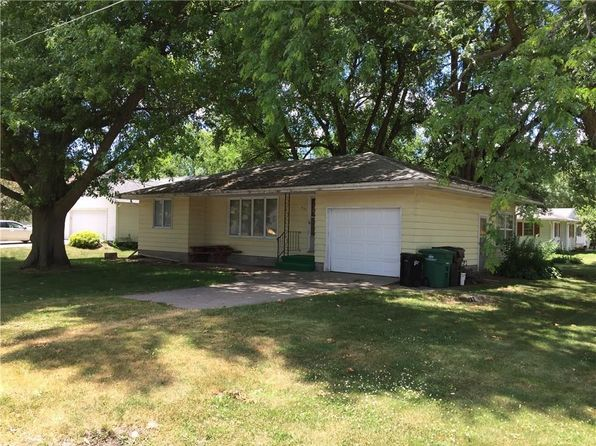 2 bed 1 bath Single Family at 401 S Norris St Prairie City, IA, 50228 is for sale at 115k - 1 of 12