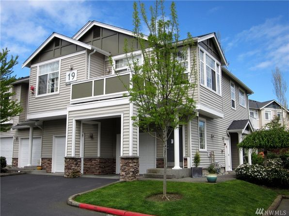 2 bed 2 bath Condo at 1855 Trossachs Blvd SE Sammamish, WA, 98075 is for sale at 400k - 1 of 24