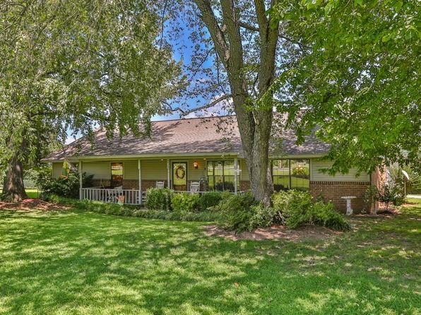 3 bed 2 bath Single Family at 538 Mcknight Ave West Fork, AR, 72774 is for sale at 215k - 1 of 29