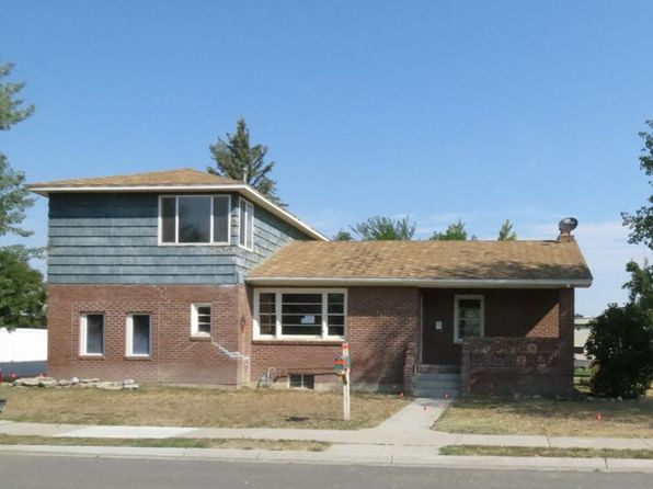 3 bed 2 bath Single Family at 111 WASHAKIE AVE LOVELL, WY, 82431 is for sale at 70k - 1 of 14