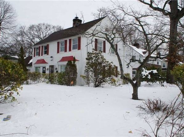 3 bed 2.5 bath Single Family at 11 Long Beach Ave Roosevelt, NY, 11575 is for sale at 440k - 1 of 8