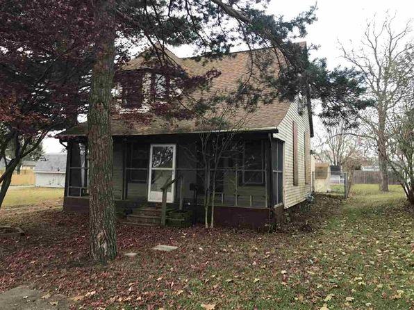 4 bed 1 bath Single Family at 1625 Pennsylvania Ave Auburn, IN, 46706 is for sale at 55k - 1 of 16