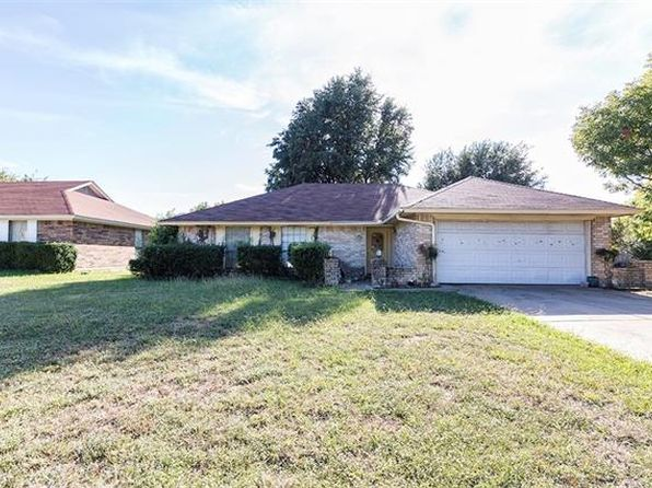 3 bed 2 bath Single Family at 2475 Channing Dr Grand Prairie, TX, 75052 is for sale at 155k - 1 of 16