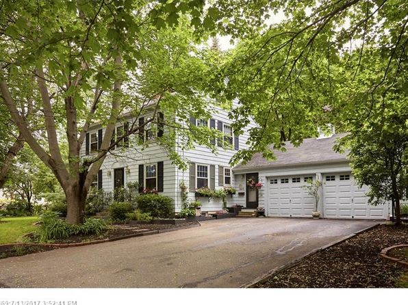 3 bed 2 bath Single Family at 24 Frances St Portland, ME, 04102 is for sale at 370k - 1 of 33