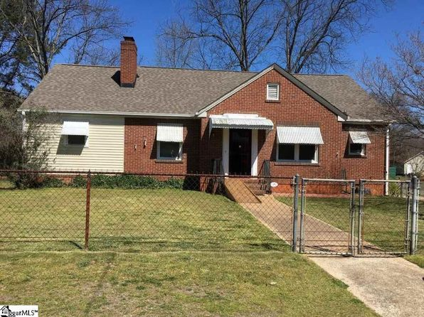 4 bed 2 bath Single Family at 20 Crestone Dr Greenville, SC, 29611 is for sale at 140k - 1 of 30