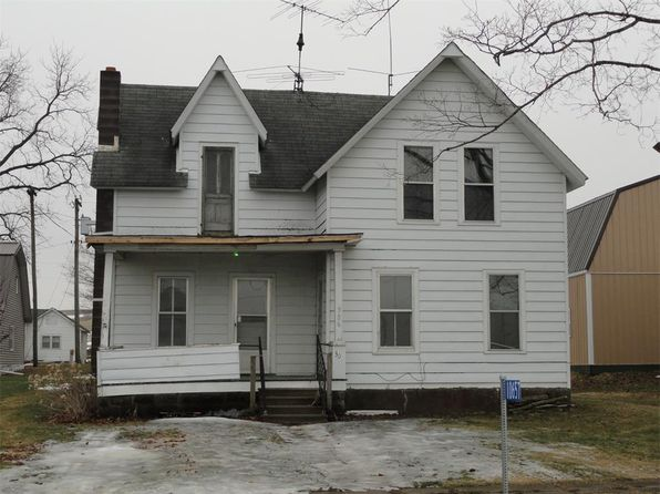 4 bed 1 bath Single Family at 10657 Main St Center Junction, IA, 52212 is for sale at 40k - 1 of 11
