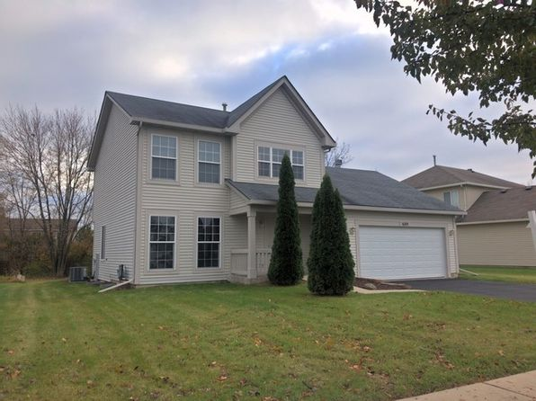 3 bed 3 bath Single Family at 689 Blackhawk Ln Bolingbrook, IL, 60440 is for sale at 240k - 1 of 21