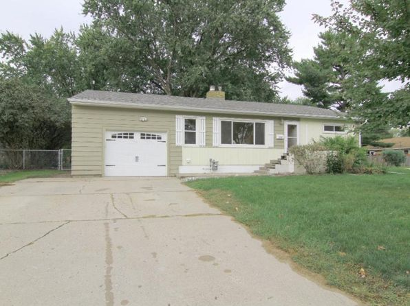 3 bed 2 bath Single Family at 235 Liberty Pl South St Paul, MN, 55075 is for sale at 215k - 1 of 22
