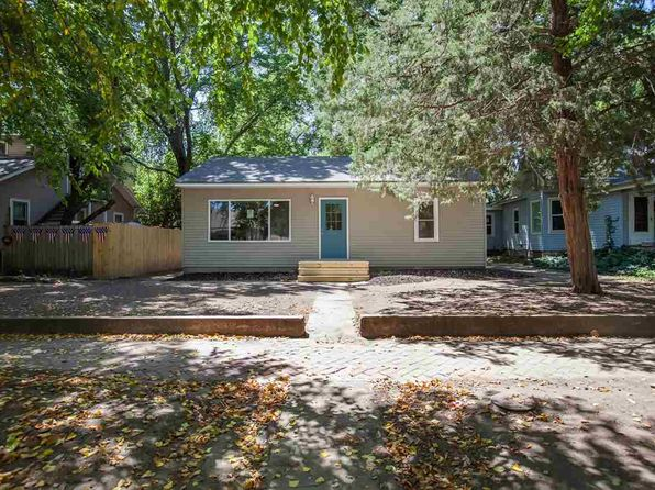 2 bed 1 bath Single Family at 1009 Colorado St Manhattan, KS, 66502 is for sale at 125k - 1 of 19