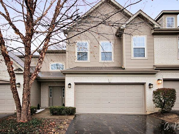 3 bed 2 bath Townhouse at 2773 Granite Ct Crystal Lake, IL, 60012 is for sale at 155k - 1 of 25